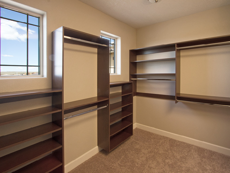 Custom Walk-in Closet Builders Albuquerque